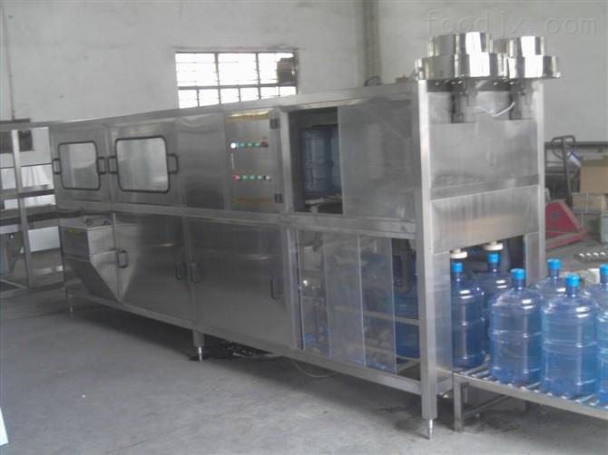 自动桶装水生产线,自动桶装水生产线过程