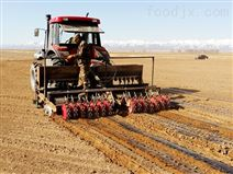 2BYCF-3玉米免耕施肥精位穴播機