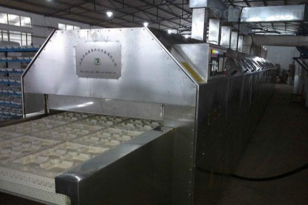 蜂窝陶瓷隧道炉,微波陶瓷烘干设备