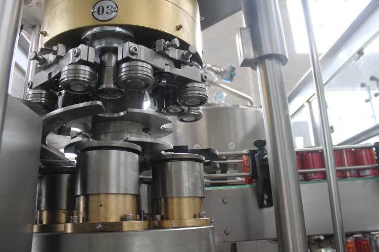 易拉罐两片罐啤酒灌装机主要结构和作用说明