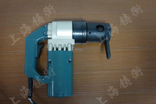 本司这款电动定扭矩扳手广泛应用于栓焊结构桥梁的